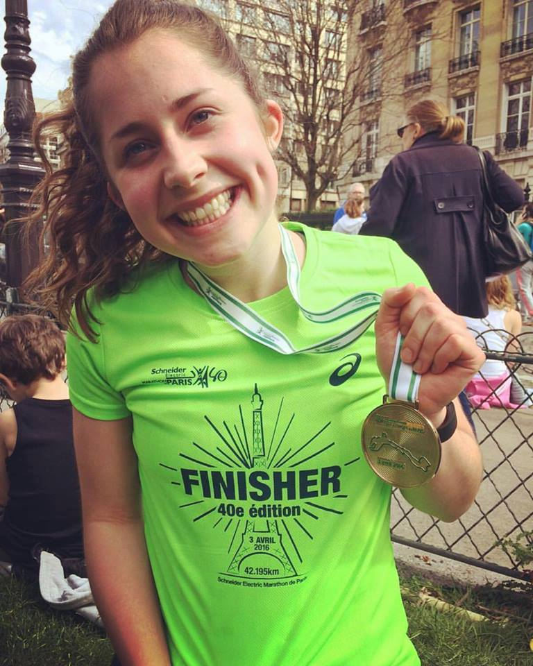 Ellie Bain running the Paris Marathon